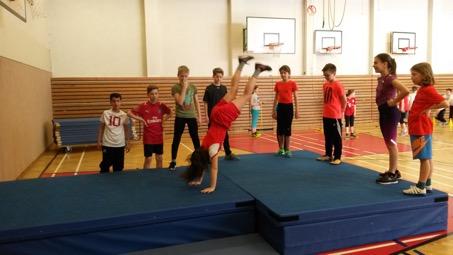 Sportabzeichenwettbewerb: Die Klasse 7d bittet um Ihre Stimme