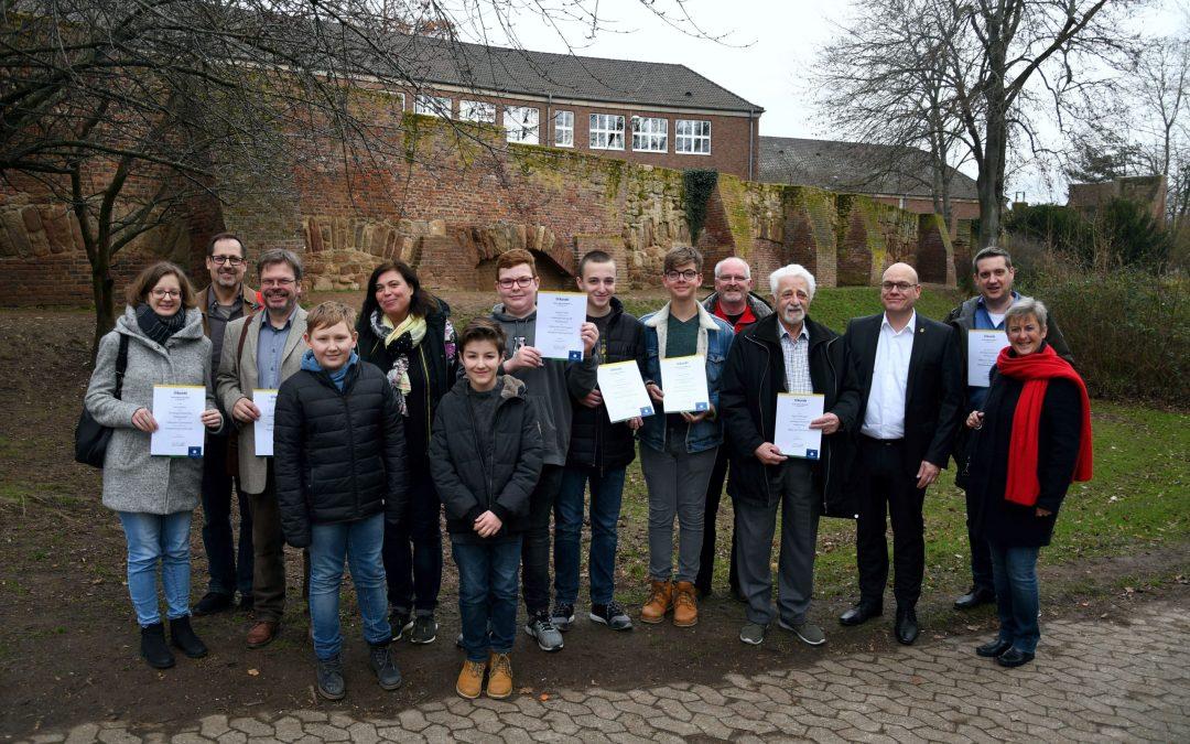 Urkunden für die Stadtmauer AG