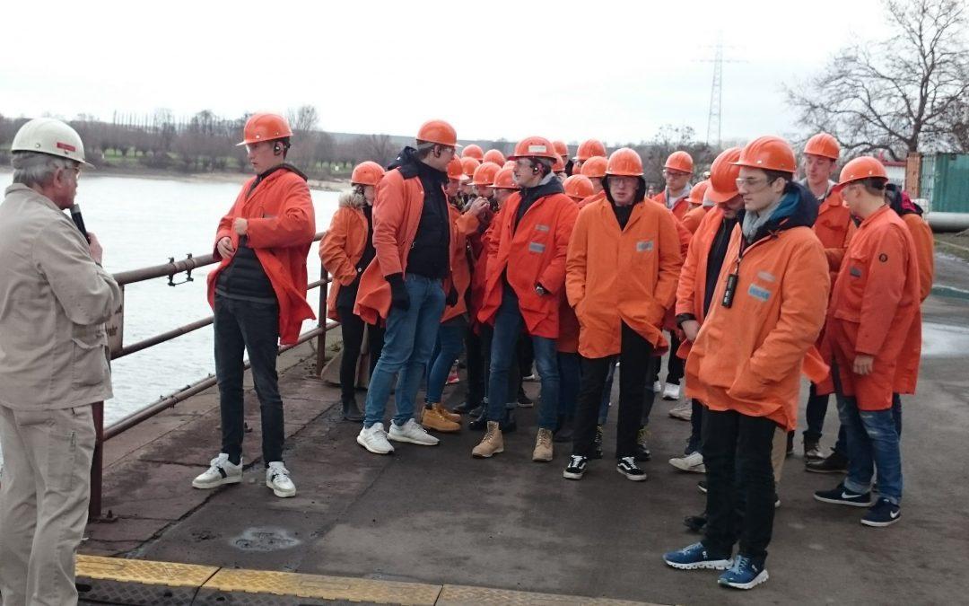 Exkursion zu den Hüttenwerken Krupp Mannesmann sowie zum Logport I  in Duisburg