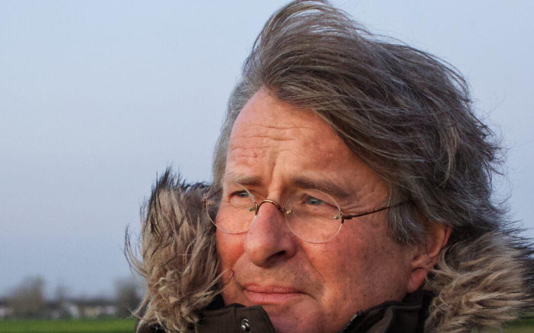 """Ankündigung: Lesung und Gespräch mit Olaf Müller: """"Tote Biber schlafen nicht"""""""
